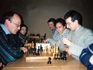 С. Н. Архипов занимается с ребятами